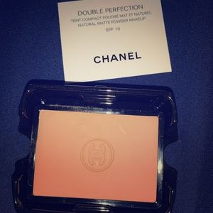 Chanel Double Perfection recharge SPF 10 130